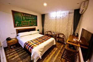 Doppelzimmer – Halb-Souterrain