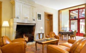 Hotel La Diligence, Hotely  La Ferté-Saint-Cyr - big - 45
