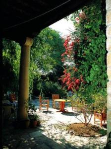 Antony's Garden House, Bed and breakfasts  Episkopi Lemesou - big - 5