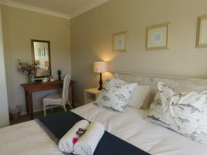 Rom Luxury med queen-size-seng og bassengutsikt