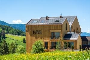 Hotel Tyrol - AbcAlberghi.com