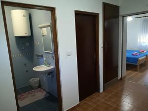 Guesthouse Bubalo, Affittacamere  Drežnik Grad - big - 14
