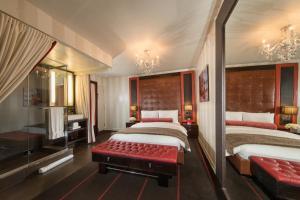 Sanctuary Hotel (2 of 48)
