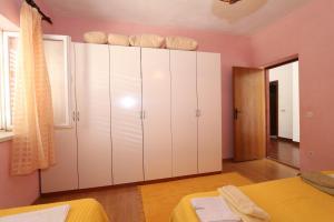 Apartments Antoneta, Апартаменты  Макарска - big - 39