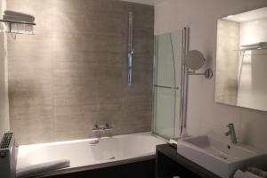 Hotel Astel, Hotely  De Haan - big - 8