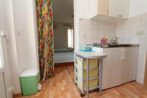 Apartments Antoneta, Апартаменты  Макарска - big - 31