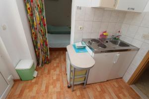 Apartments Antoneta, Апартаменты  Макарска - big - 30