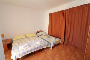 Apartments Antoneta, Апартаменты  Макарска - big - 23