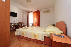 Apartments Antoneta, Апартаменты  Макарска - big - 48