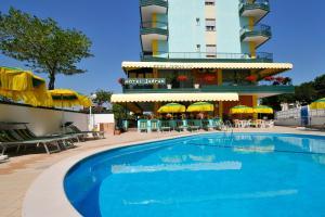 Hotel Jadran - AbcAlberghi.com