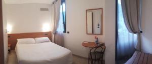 Hotel Azzurra, Hotels  Spinone Al Lago - big - 3