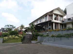 Samami Garden, Vendégházak  Bandung - big - 17