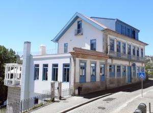 Des Arts Hostel and Suites