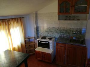 Апартамент Ривиера, Ferienwohnungen  Chernomorets - big - 6