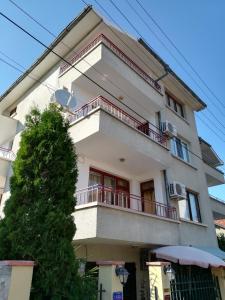 Апартамент Ривиера, Apartmány  Chernomorets - big - 14