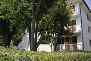 Residence Selenis, Apartments  Caorle - big - 7