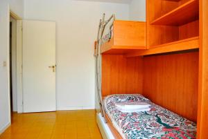 Residence Selenis, Apartments  Caorle - big - 22