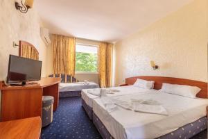 Hotel Chernomorets, Szállodák  Csernomorec - big - 8