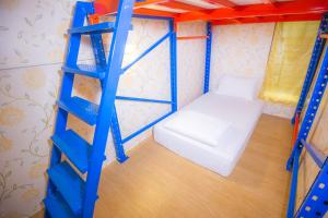 Private Room with Bunk Beds (2 Adults)