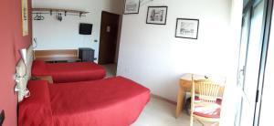 Aer Hotel Malpensa, Hotel  Oleggio - big - 12