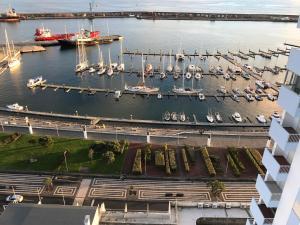 Apartamentos Solmar 15º, Apartmanok  Ponta Delgada - big - 7