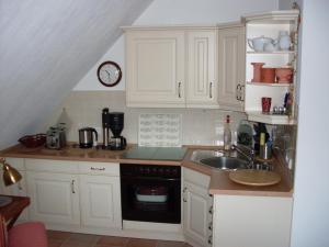 Ferienobjekt-Morsum-Wohnung-5-Comfort-App, Apartmanok  Morsum - big - 12