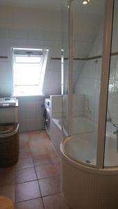 Ferienobjekt-Morsum-Wohnung-5-Comfort-App, Apartmanok  Morsum - big - 8