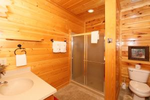 Howling Wolf - One Bedroom, Case vacanze  Sevierville - big - 15
