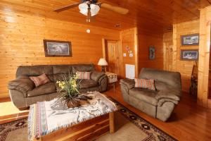 Howling Wolf - One Bedroom, Case vacanze  Sevierville - big - 19