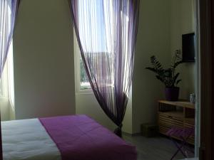 Les Chambres de Jeannette, Bed & Breakfasts  Marseille - big - 76