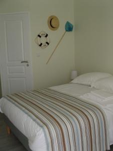 Les Chambres de Jeannette, Bed & Breakfasts  Marseille - big - 75