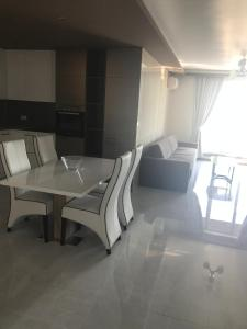 Botabara Del Mar Apartments, Apartmány  Pomorie - big - 37