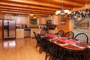 Celebration Lodge - Four Bedroom, Case vacanze  Sevierville - big - 23