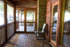Owlpine Lodge - Three Bedroom, Nyaralók  Sevierville - big - 8