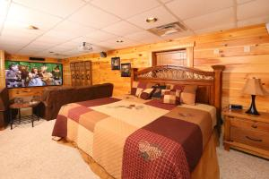 Owlpine Lodge - Three Bedroom, Nyaralók  Sevierville - big - 25