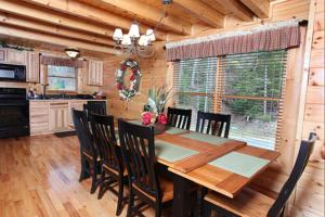 Blessed Nest - Four Bedroom, Holiday homes  Sevierville - big - 19