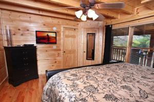 Blessed Nest - Four Bedroom, Holiday homes  Sevierville - big - 23