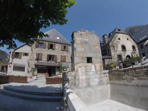 Apartamentos Yoy Mont Romies, Ferienwohnungen  Salardú - big - 13