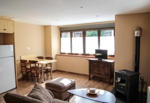 Apartamentos Yoy Mont Romies, Ferienwohnungen  Salardú - big - 15