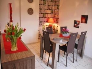 House A l'orée du bois, Dovolenkové domy  Bouvigny-Boyeffles - big - 2