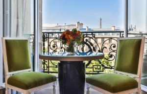 Two-Bedroom Deluxe Suite with Champs Elysees View