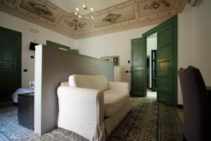 Palazzo Villelmi, Bed and breakfasts  Cefalù - big - 24