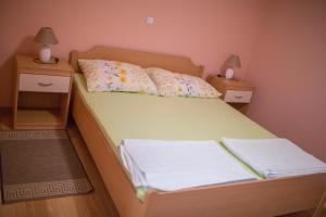 Apartments Lovrić, Apartmanok  Posedarje - big - 16