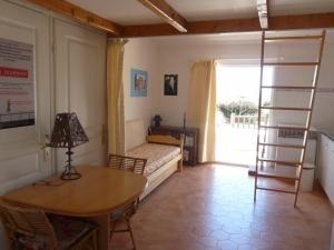 House Villa, Ferienhäuser  Six-Fours-les-Plages - big - 11