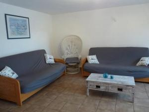 House La caillere basse, Prázdninové domy  Six-Fours-les-Plages - big - 16