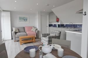Mawgan Porth Apartments, Appartamenti  Saint Eval - big - 22