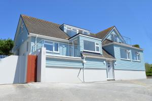 Mawgan Porth Apartments, Appartamenti  Saint Eval - big - 1