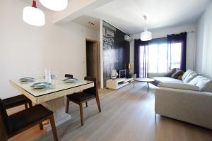 Budva Bay Breeze Apartments, Ferienwohnungen  Budva - big - 34