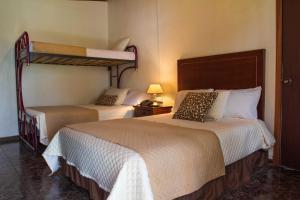 El Cano, Hotels  Guaillabamba - big - 6