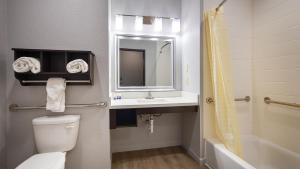 Best Western Plus Lonestar Inn & Suites, Hotels  Colorado City - big - 4
